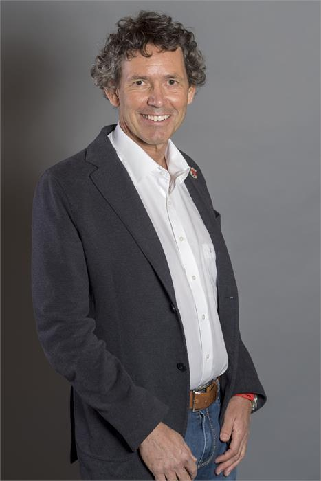 Dr. Christian Gruber
